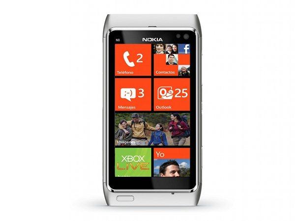 Nokia N8 z WP7
