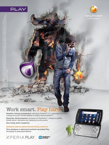 Sony Ericsson Xperia Play - plakat PLAY