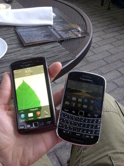 BlackBerry Torch 9860 i Bold 9900