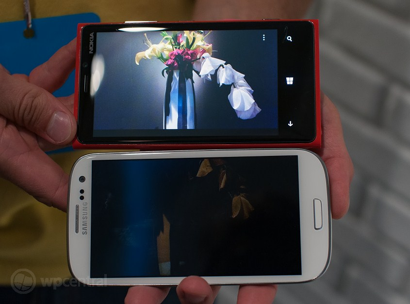 nokia lumia 920 vs galaxy s iii - kamera