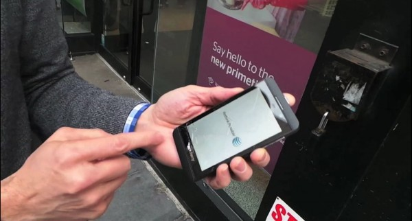 BlackBerry Z10 - drop test