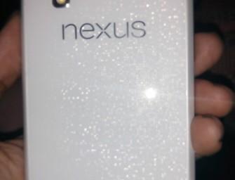 Biały Nexus 4 pojawił się na zdjęciach