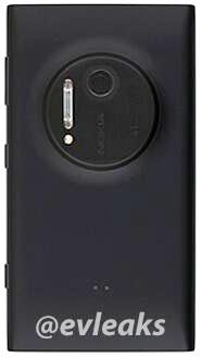 Nokia Lumia 909 - tył