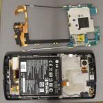 LG Nexus 5 - FCC, obudowa, wnetrze z bateria i antenami