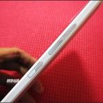 HTC One Max - bok, przyciski