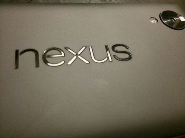 LG Nexus 5 - plecki