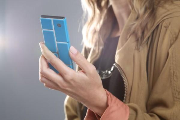 Motorola Project Ara - w dłoni
