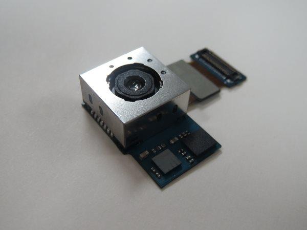 Samsung - 13MP kamera OIS
