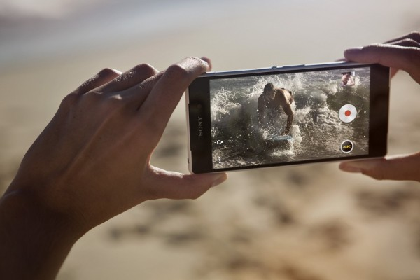 Sony Xperia Z2 - w dłoniach