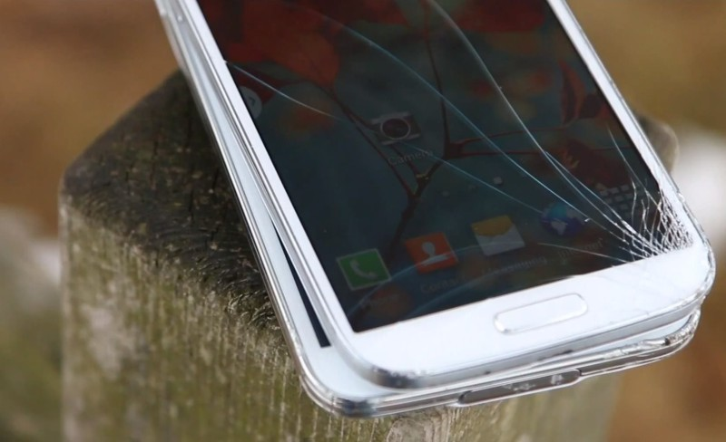 Samsung Galaxy S4 i Galaxy S5 - crash test