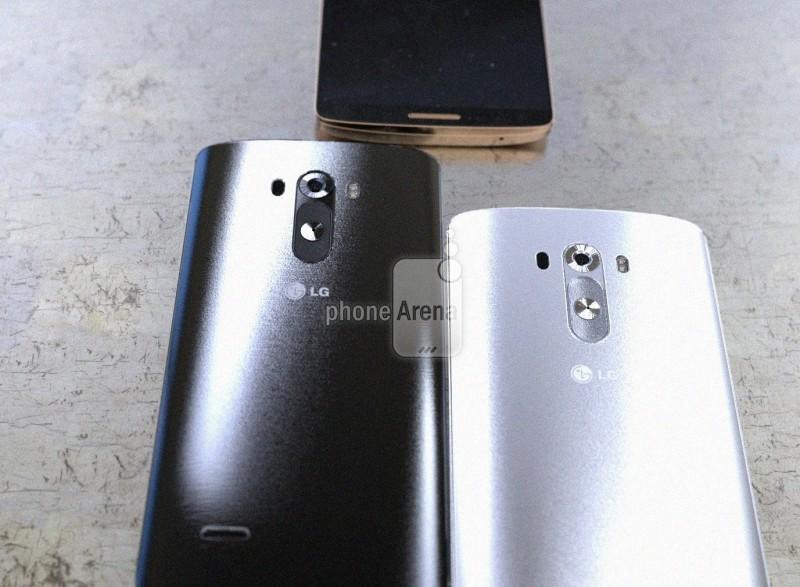 LG g3 - biały i czarny, tyły