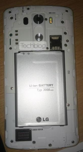 LG G3 - pod klapką