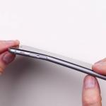Apple iPhone 6 Plus - wygina się 3