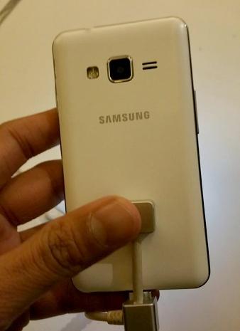 Samsung_Z1_Tizen-2